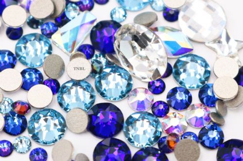 Swarovski Mixed Colour & Shape Pack March Birthstone Collection 155pcs